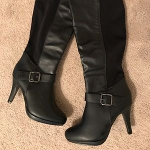 Forever Tall Black Heeled Boots Size 7 1/2